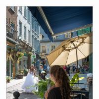 Quebec City Bride & Groom And Onlooker by GrahamWelland in Regular Member Gallery