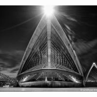 Sydney-opera-house-b W-1k-framed by GrahamWelland