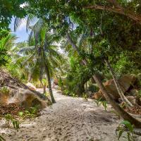 La Digue Les Seychelles by jerome in Regular Member Gallery