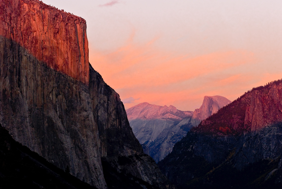 Tunnel View at Sunset by Bob in 2007-10 Yosemite