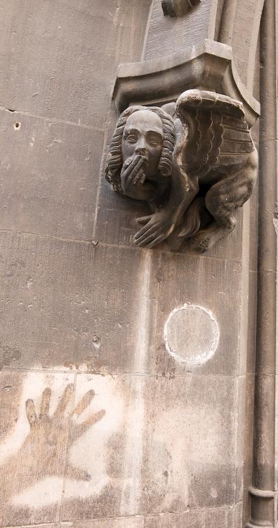 Hey look, hand grafitti by Bob in 2007-12 Munich-Prague