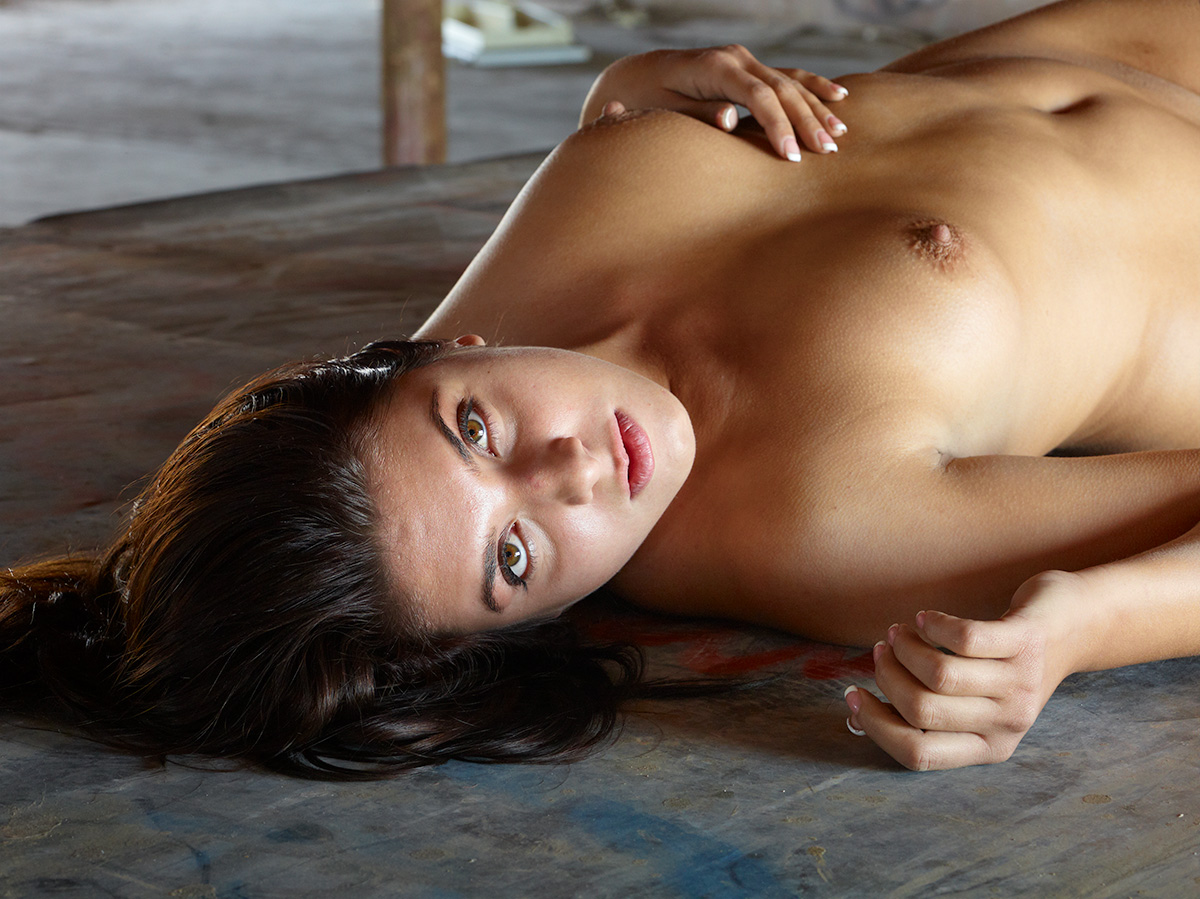 Ashley Before Retouch by Bob in NSFW:Hopefully-artistic nudes or implied nudes