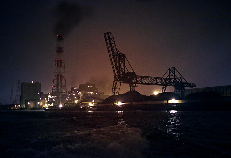 Jr Powerplant, Yokohama Harbor, At Night by Bob in  Instructor Gallery (click to expand)