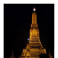 Wat Arun by Jorgen Udvang