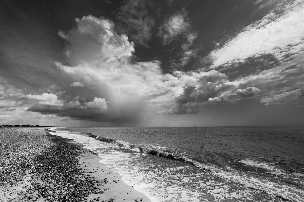 Q L9033758 Seascape by Brian Mosley in Regular Member Gallery