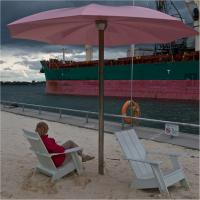 Gxr S10 Pink Umbrella And Ship1 Of 1