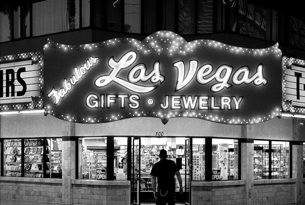 Loser?, Las Vegas by fotografz in fotografz