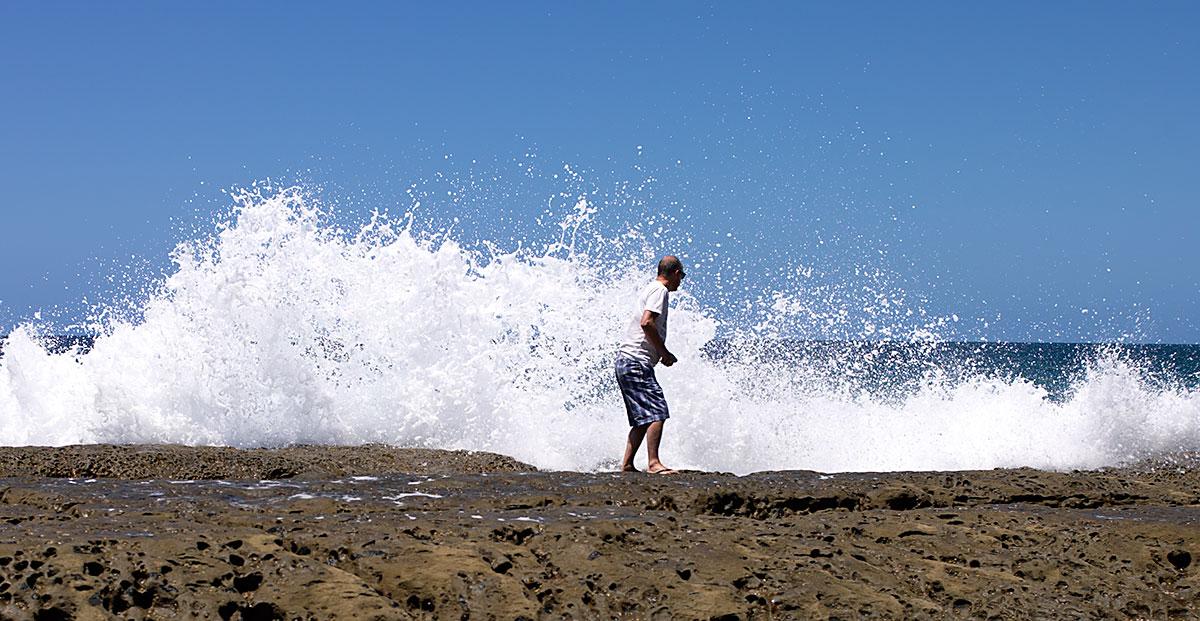 Surfbreakman by PeterA in Regular Member Gallery