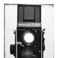 Mamiya C220f And Flm Centerball Geared Head by bensonga