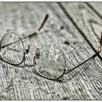 My Reading Glasses by bensonga