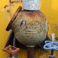 Dsc 0043 Mcdonnell And Miller Ball Valve Lrg by bensonga in bensonga