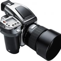 Hasselblad H4d-40 Stainless With 100mm F2.2 Lens by bensonga in bensonga