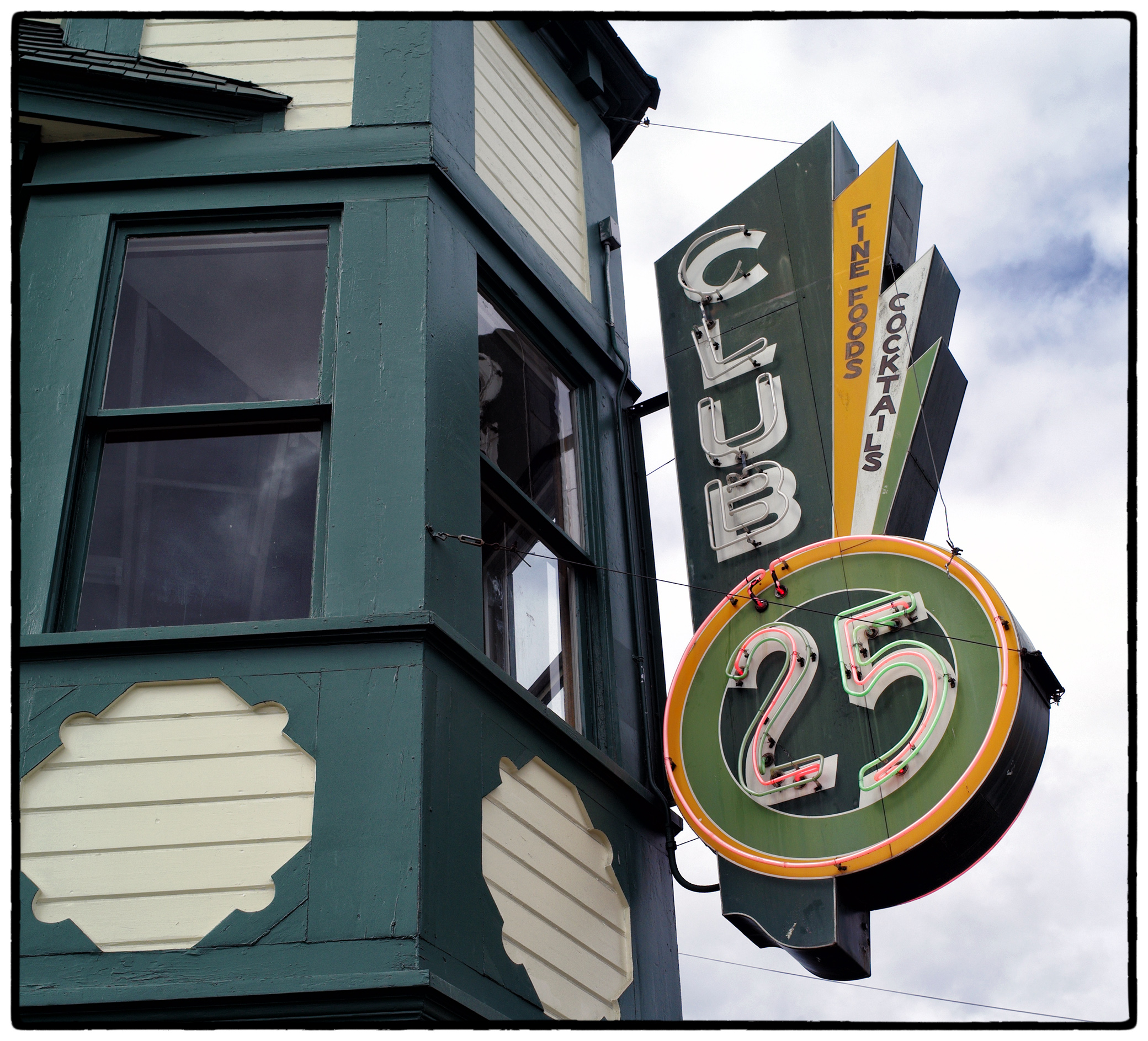 Club 25 sign on Fourth Avenue by bensonga in bensonga