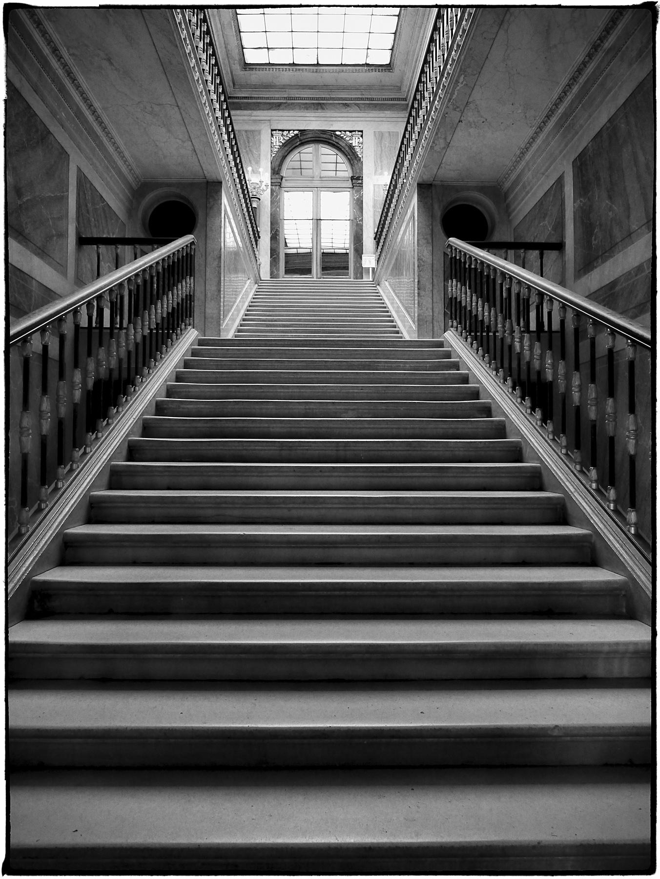 Versailles Staircase by bensonga in bensonga